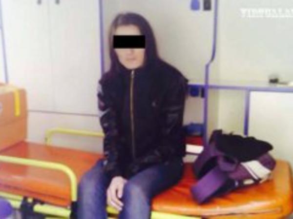 """16 yaşında hamilə qalan, """"moyka""""da maşın yuyan azərbaycanlı qız - FOTO"""