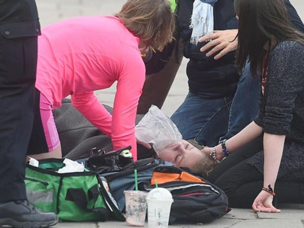 """Britaniyada terror nəticəsində ölənlərin sayı <span class=""""color_red"""">5-ə çatdı - FOTO</span>"""