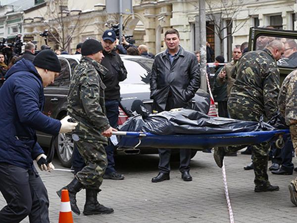 Sabiq deputatın qatili xəstəxanada keçindi - VİDEO - FOTO