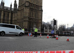 """Londondakı terrorda şübhəli bilinən <span class=""""color_red"""">9 nəfər saxlanıldı</span>"""