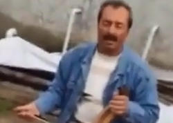 Kamança çalan kişi çəkiliş zamanı öldü - VİDEO