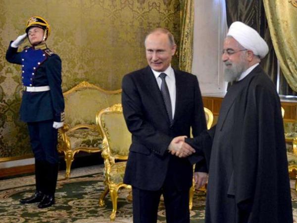 Putin və Ruhani arasında görüş keçirilir - FOTO