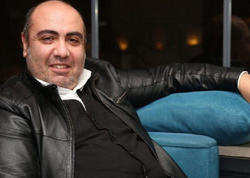 """Oqtay Əliyev: """"Deyir, qonşumuzda bomba qız var, gətirim onu..."""" - MÜSAHİBƏ - FOTO"""