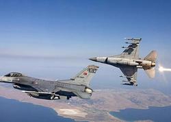 """Türkiyə Hava Qüvvələri terrorçuların silah anbarlarını <span class=""""color_red"""">MƏHV ETDİ</span>"""