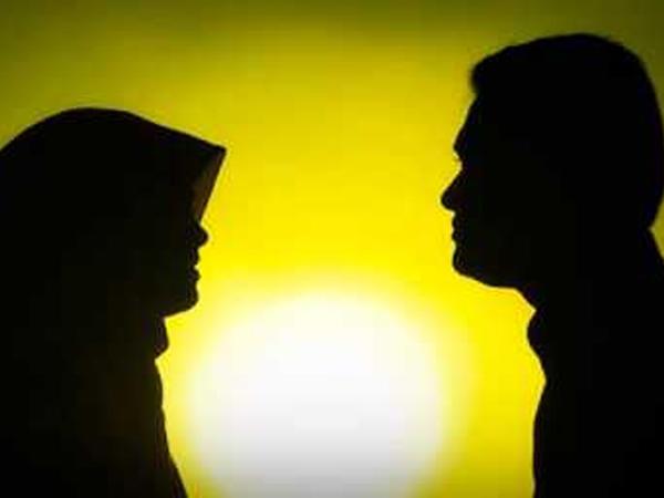 İslama əsasən ər arvadına əmr verə bilər?