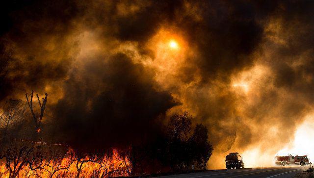 ABŞ-da meşə yanğınları ilə əlaqədar 8800 ev boşaldılıb