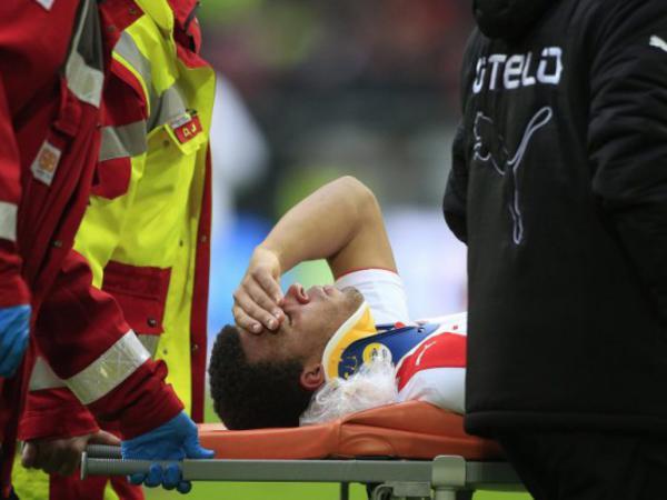 Futbolçu ölümdən döndü