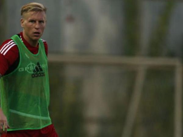 Türkiyədə futbolçu intihar edib