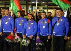 5 medal qazanan Azərbaycan cüdoçuları Vətənə qayıdıblar - FOTO