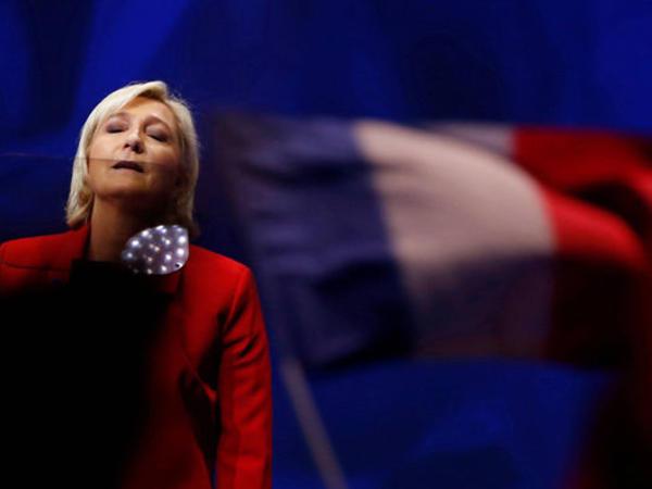 """Atasının imtina etdiyi Fransa prezidentliyinə namizəd – <span class=""""color_red"""">Marin Le Penin qalmaqallı HƏYAT YOLU</span>"""
