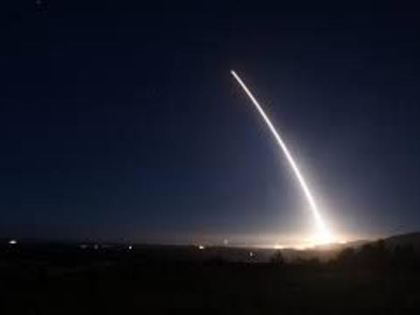 ABŞ qitələrarası ballistik raketi sınaqdan keçirib