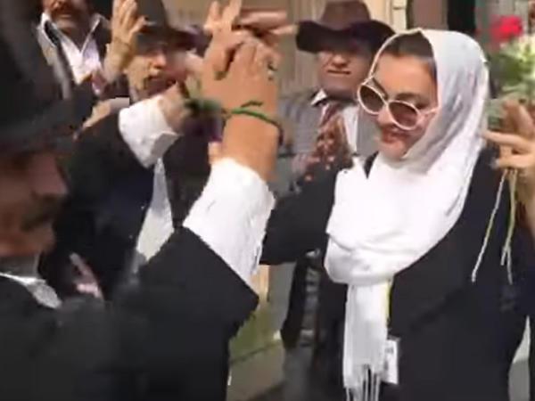 Həmidə Ömərova 60 yaşını İranda qeyd etdi - VİDEO