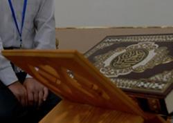 """Məşhur din xadimi canlı yayımda <span class=""""color_red"""">Quran oxuyarkən KEÇİNDİ</span>"""