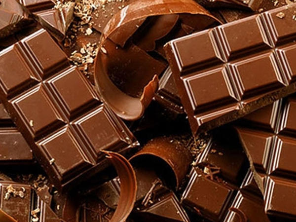 Ət və şokolad yeyəndə... depressiyaya düşürsən