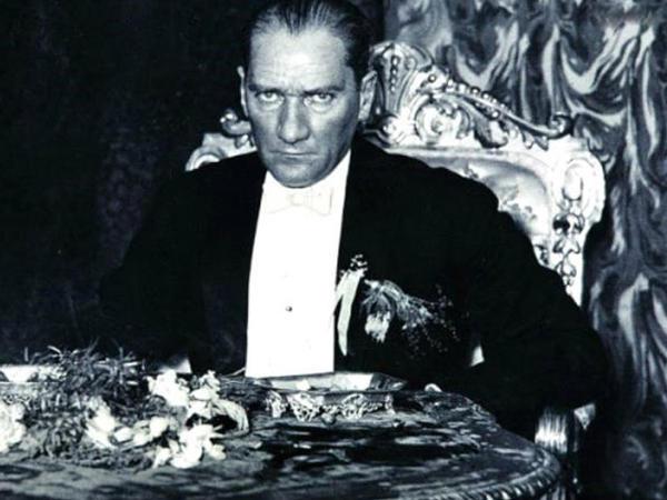 Atatürkün öz hesabına İrandan aldığı torpaqların səbəbi - FAKTLAR