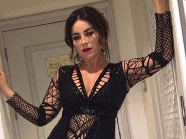 Türk müğənni 48 yaşında belə geyindi - FOTO