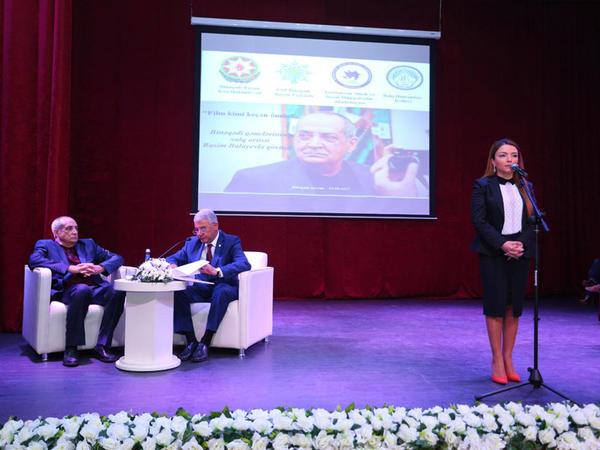 Binəqədidə xalq artisti Rasim Balayevin gənclərlə görüşü - FOTO