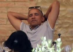 """Barak və Mişel Obama romantik istirahətdə: <span class=""""color_red""""> """"Oxxay, əladır!"""" - FOTO</span>"""