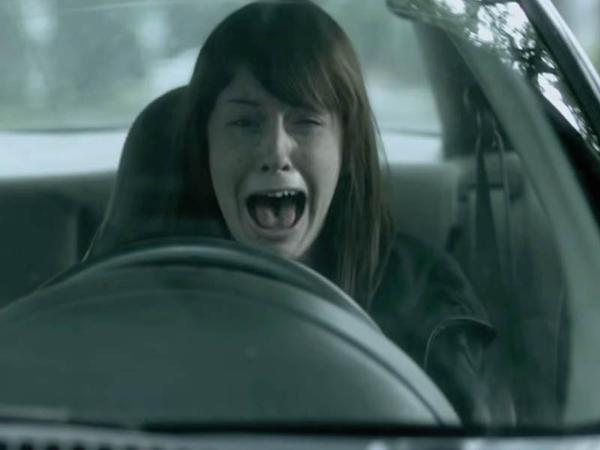 Bakıda qadın sürücü travma alıb