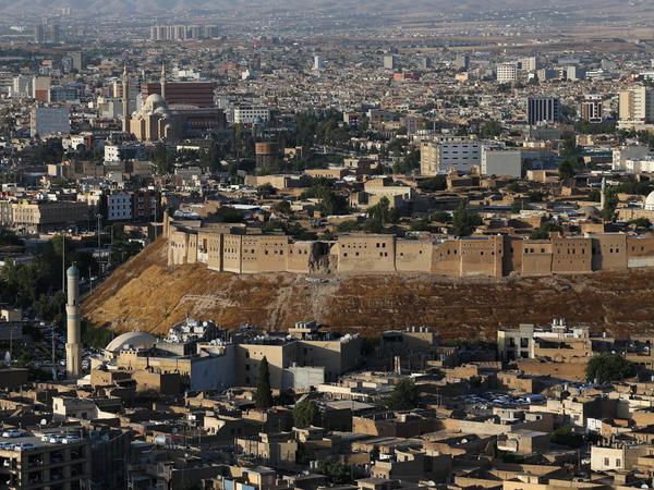 İraq ordusu dinc sakinləri Mosulun tarixi mərkəzini tərk etməyə çağırıb