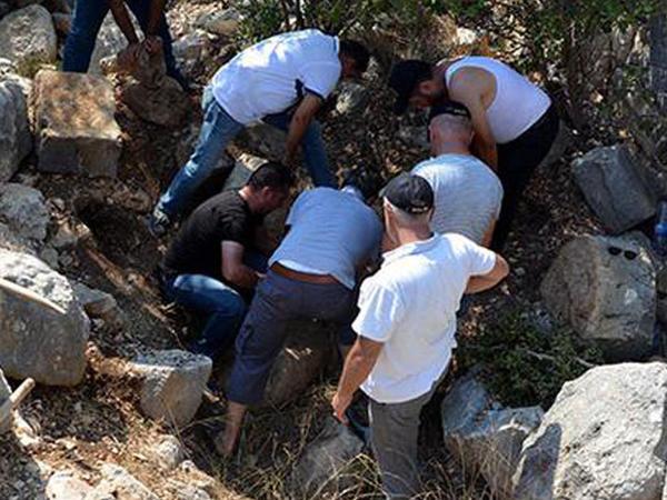 Dəhşətli qətlin betonla örtülmüş sirri 10 il sonra açıldı - FOTO