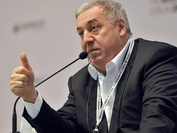 Azərbaycan neftinin gəlirindən Mirakyana maaş verəcək