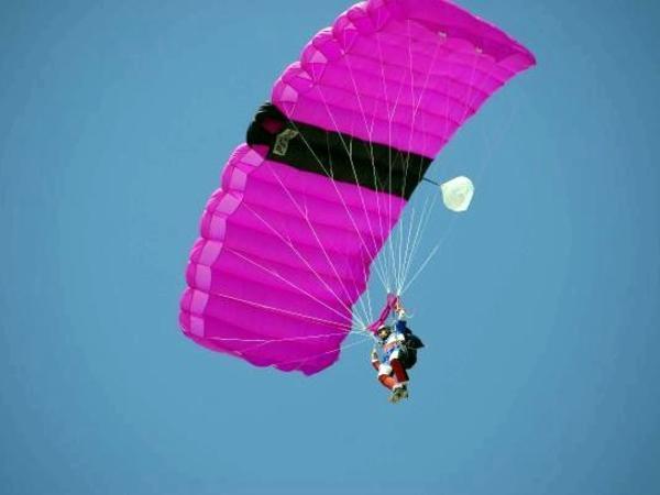 ABŞ hərbiçisi paraşütünün açılmaması nəticəsində ölüb