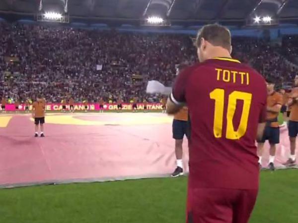 """Totti """"Roma""""nın heyətində son oyununu keçirib"""