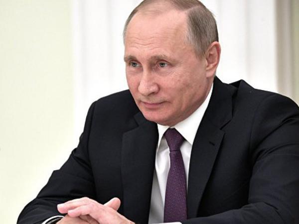 Putin Parisə gedir