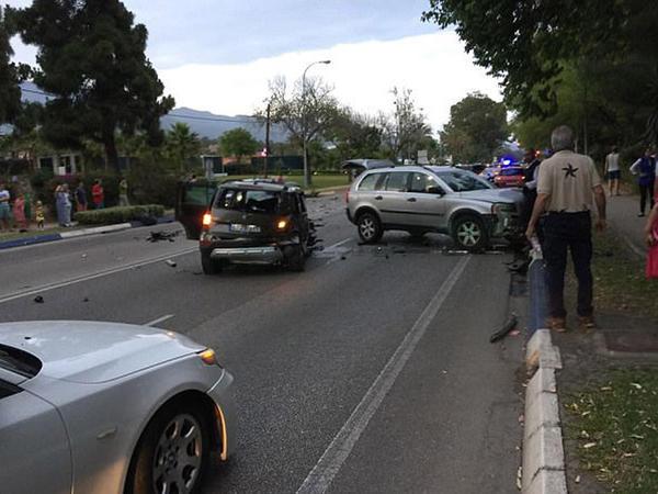 Polisin qovladığı sürücü piyadaları əzdi - FOTO