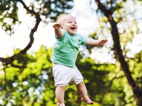 VALİDEYNLƏRƏ ÇAĞIRIŞ: Uşaqlarınızı açıq havaya çıxarın