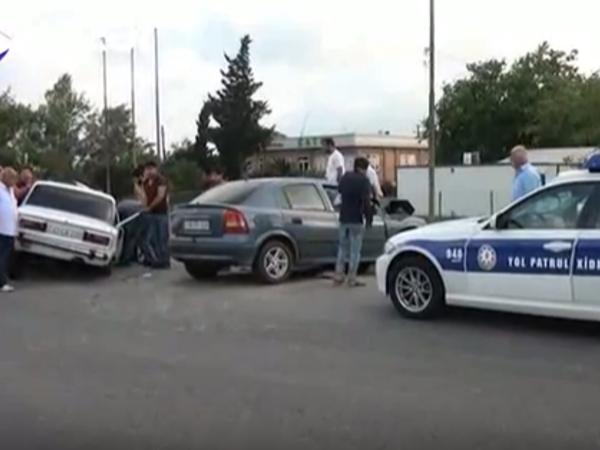 Yol-nəqliyyat hadisəsi iki nəfərin həyatına son qoyub, 7 yaralı var - VİDEO