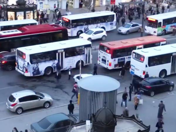 Avtobusların hərəkətinə edilən dəyişiklik ləğv edildi