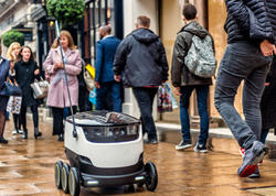 Estoniya parlamenti robot kuryerləri leqallaşdırdı