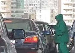 Yanacaqdoldurma məntəqələrində sürücüləri necə aldadırlar? - VİDEO - FOTO