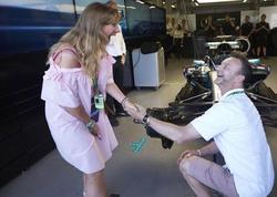 Bakıda Formula 1 zamanı evlilik təklifi - FOTO