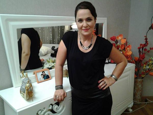 """Azərbaycanlı aktrisa gizlinləri açdı: """"Həyat yoldaşıma görə məni çörəyimdən etdi"""" - FOTO"""