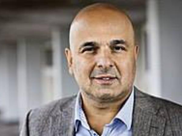 Araşdırmaları ilə Avropanı mat qoyan azərbaycanlı professor kimdir?