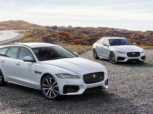 Jaguar-dan yeni universal XF - FOTO