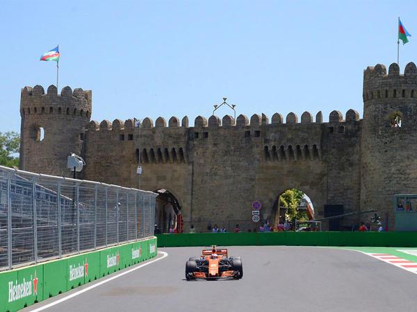 Formula 1 pilotlarının sonuncü sərbəst yürüşü başladı