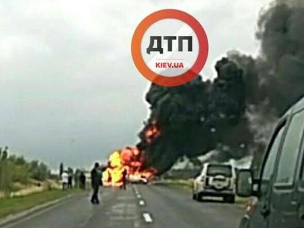 Kiyevdə deputat yol qəzasında öldü - FOTO