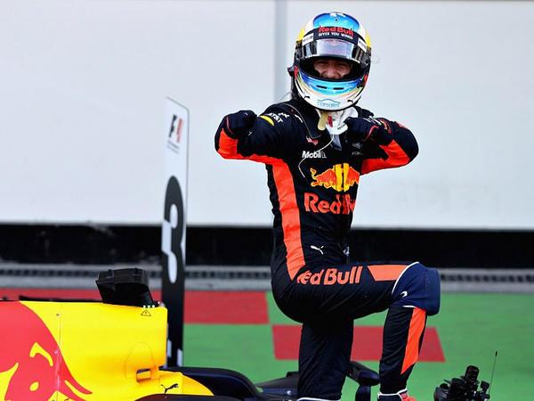 """Bakı, """"Formula-1"""": sürprizli, sensasiyalı yarış - FOTO"""