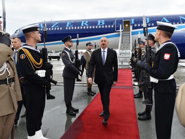 Prezident İlham Əliyev Polşada rəsmi səfərdədir - FOTO
