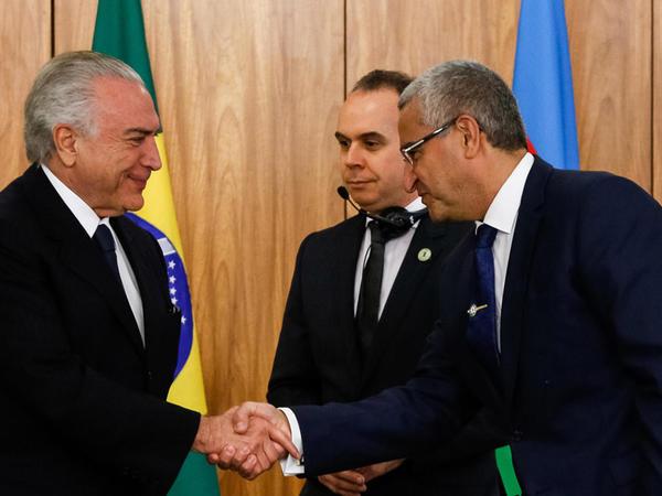 Azərbaycan səfiri etimadnaməsini Braziliya Prezidentinə təqdim edib - FOTO