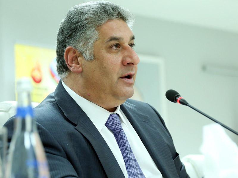 Azad Rəhmov: