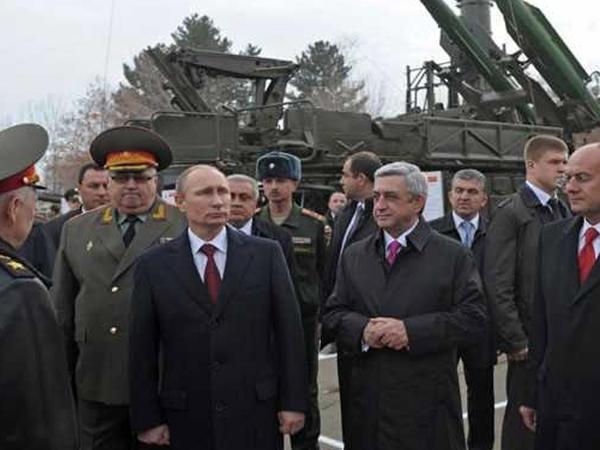 Putin generalını Ermənistandakı qoşunların rəhbəri təyin etdi