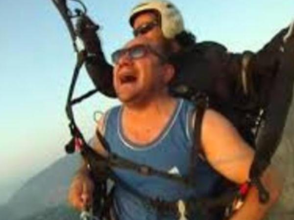 """Pilot insanlara DƏHŞƏT yaşadır - """"Qusma, baş gicəllənməsi..."""" – VİDEO"""