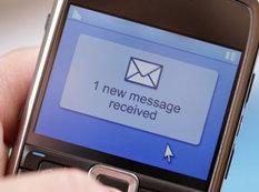 Telefonunuza belə mesaj gələrkən diqqətli olun! - VİDEO