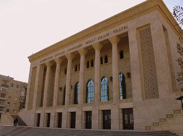 Akademik Milli Dram Teatrı 141-ci teatr mövsümünü bağlayır