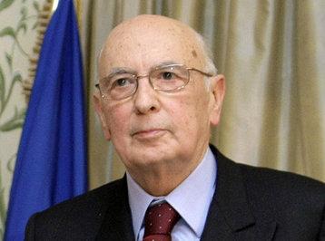 İtaliya prezidenti istefa verdi